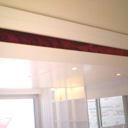 lit escamomtable plafond pratique gain de place petits espaces