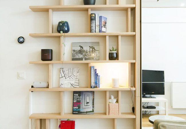 bibliothèque étroite design bois massif