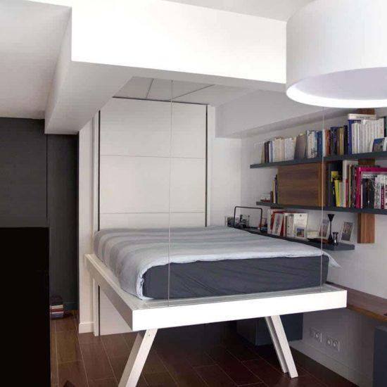 lit au plafond lit escamotable gain de place suspendu par cable