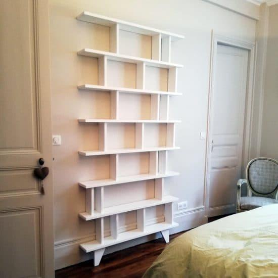 Mobilier gain de place : la bibliothèque étroite Symphonie par bedUP.
